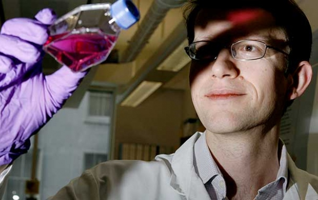 Prof Nick Turner, from the Breast Cancer Now Catalyst research programme in the lab