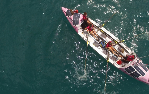 Coxless Crew row the Pacific for Breast Cancer Care