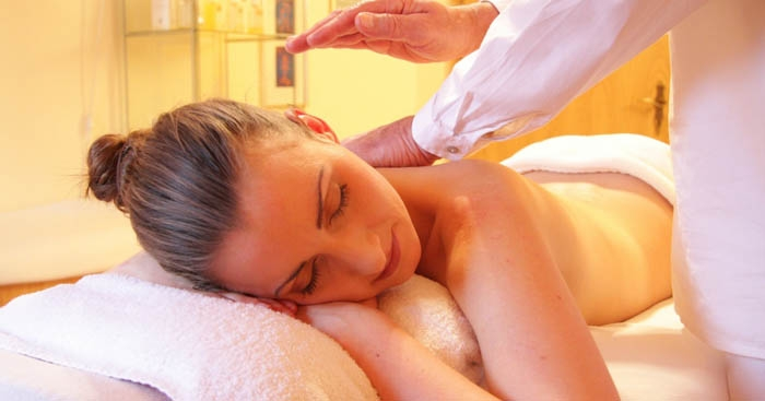 Breast Cancer Care | Are massages safe?