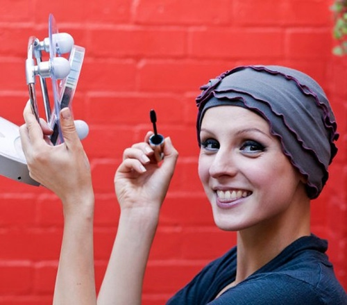 075df823d53 Make-up and beauty tips after hair loss | Breast Cancer Care