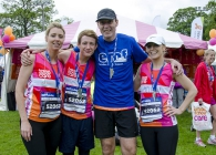Relay runners at the Edinburgh Marathon Festival in support of Breast Cancer Care